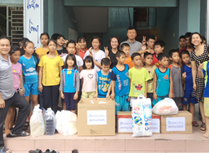 SAE-A Vietnam visits childcare center and home for disadvantaged youths